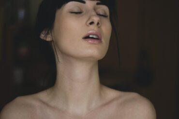 stimuler din partner med brystklemmer - private play
